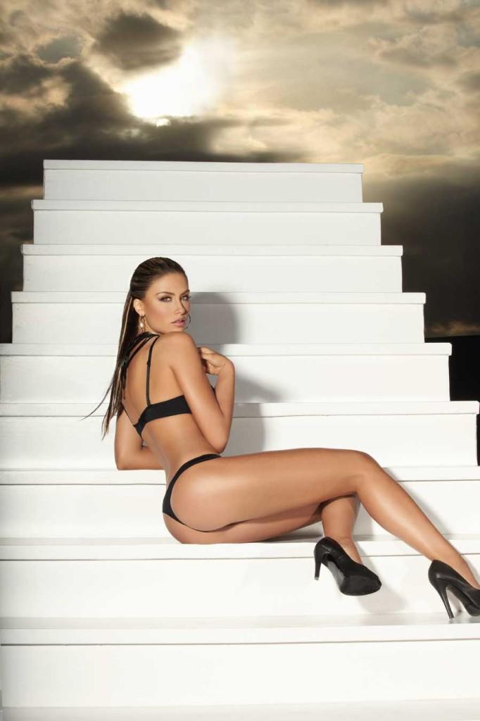 Jessica-Cediel-lingerie-99-682x1024