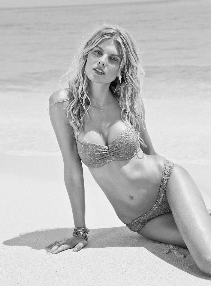 Maryna-Linchuk-VS-swimwear-1
