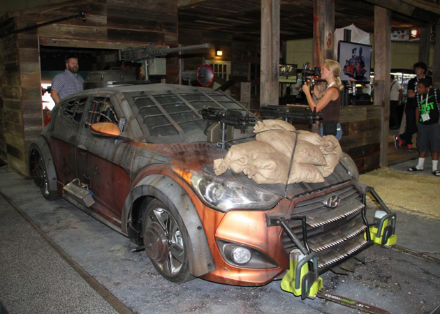 2013-Hyundai-Veloster-Zombie-Survival-Machine-2