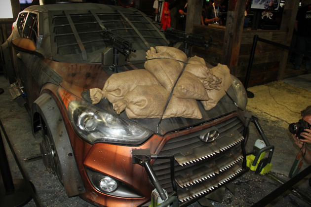 2013-Hyundai-Veloster-Zombie-Survival-Machine-3