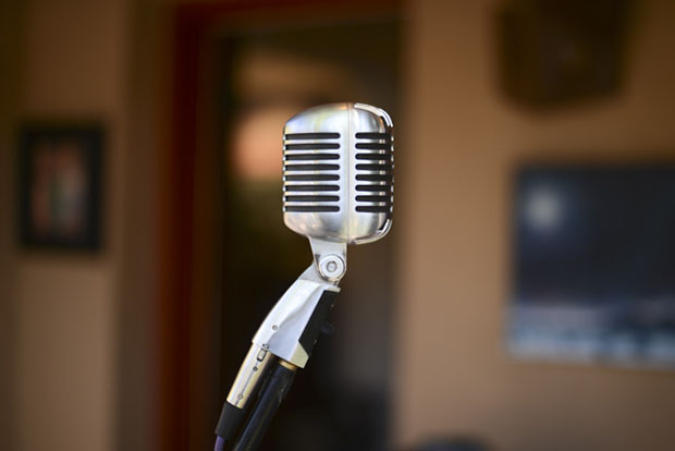 microphone1