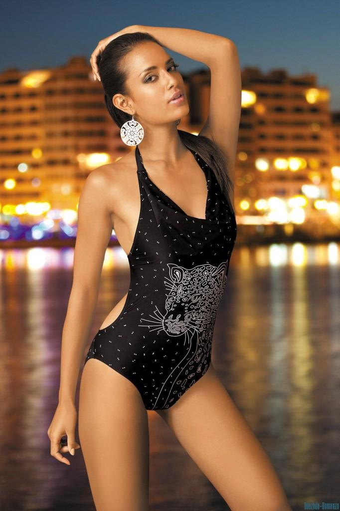 Chelina-Manuhutu-Marc-Andre-swimwear-33-682x1024