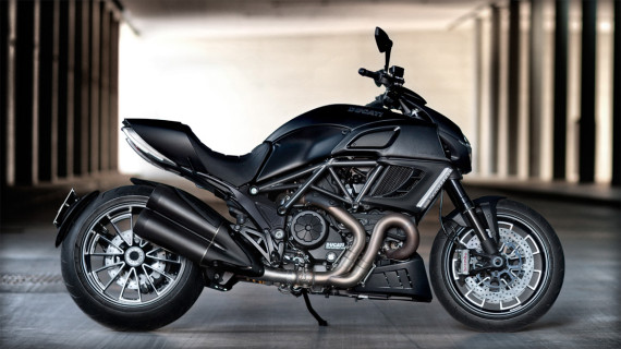 ducati-diavel-dark-motorcycle-07