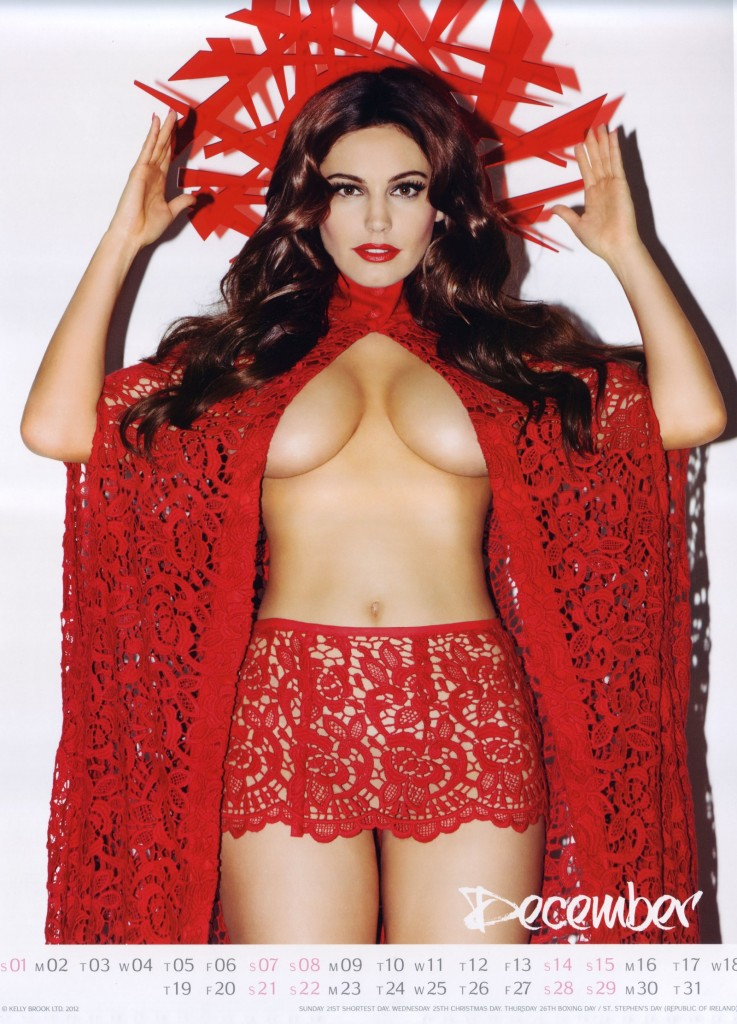 Kelly-Brook-2013-Calendar-13-737x1024