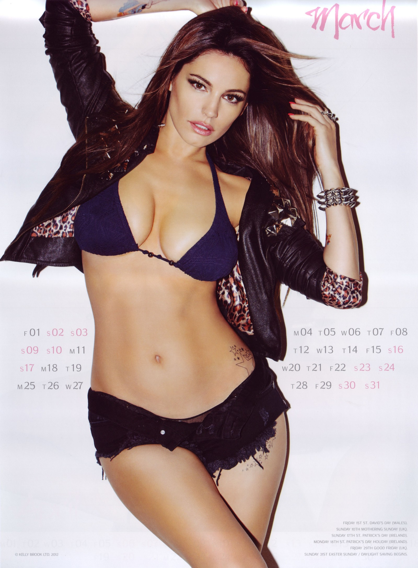 Kelly-Brook-2013-Calendar-4
