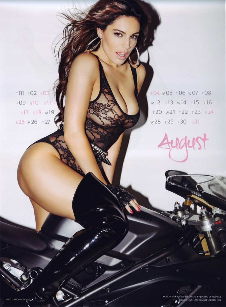 Kelly-Brook-2013-Calendar-9-755x1024
