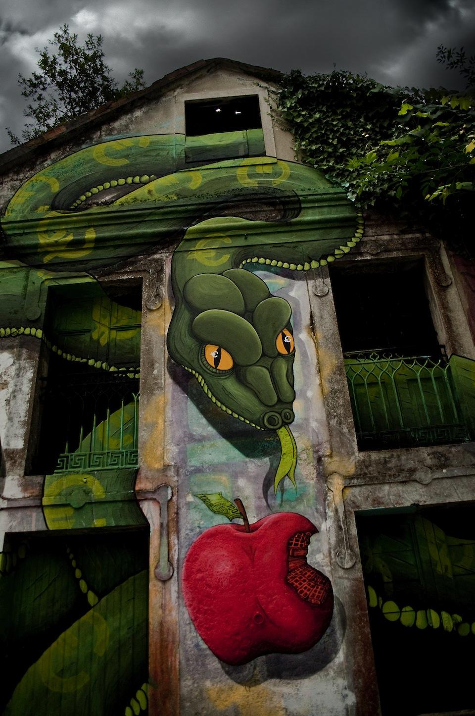 By-SOKRAM.-At-DESORDES-CREATIVAS-2012-in-Ordes-Galiza-Spain-3