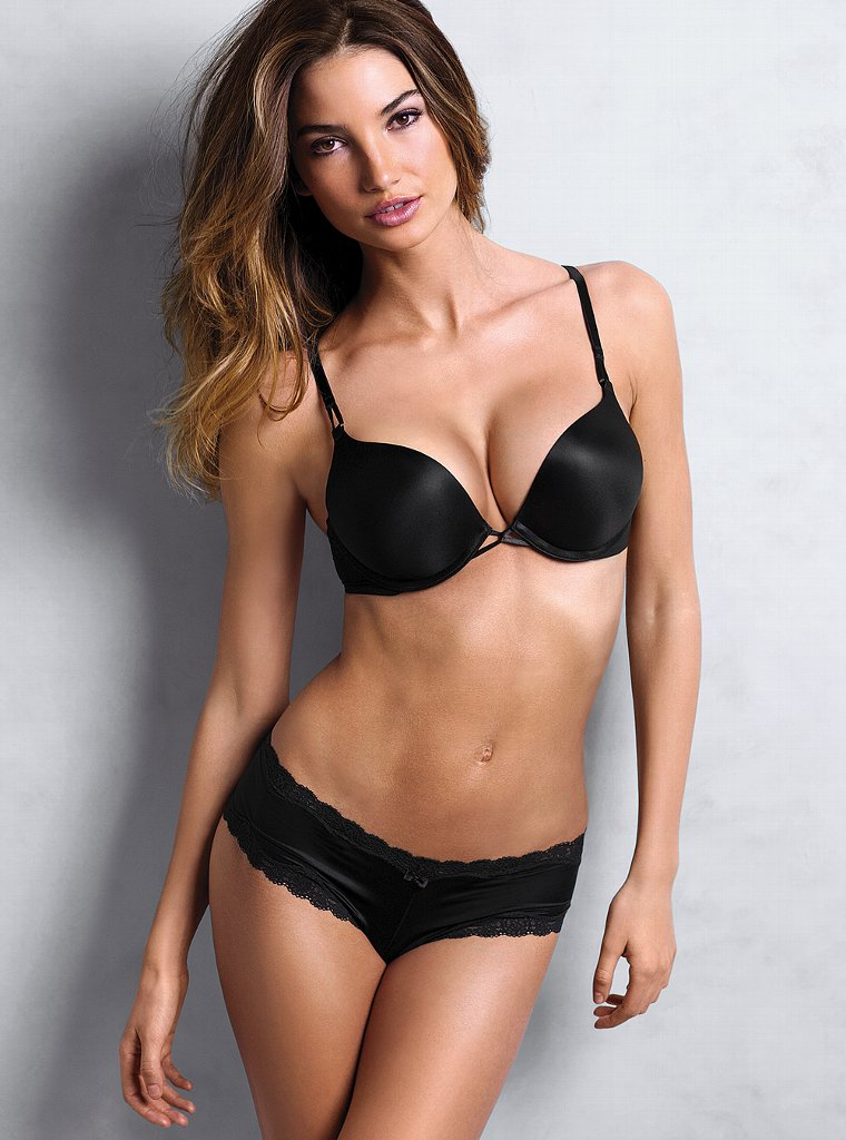Lily-Aldridge-vs-lingerie-1