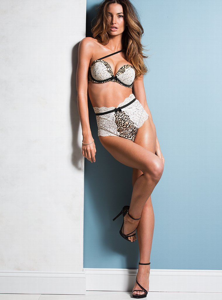 Lily-Aldridge-vs-lingerie-22