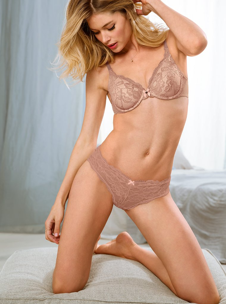 Doutzen-Kroes-VS-lingerie-13