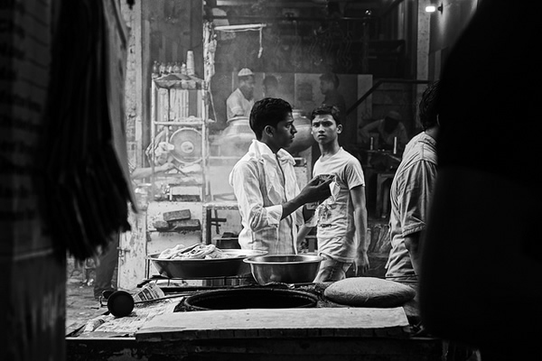 indian street photography bw 26