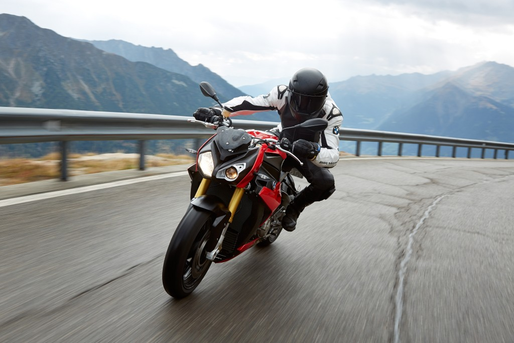 2014-bmw-s1000r-even-more-evil-than-the-rr-photo-gallery 18-1024x683