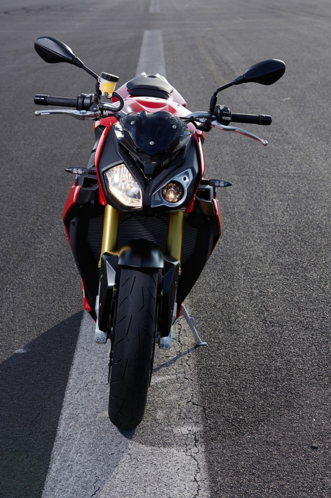 2014-bmw-s1000r-even-more-evil-than-the-rr-photo-gallery 43-682x1024