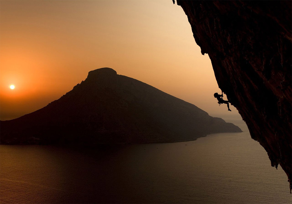 climbing-on-the-greek-island-of-kalymnos-at-sunset09