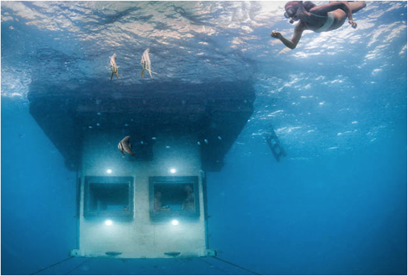 manta-resort-underwater-room-3
