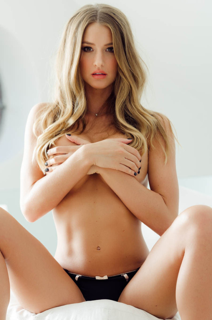 Danica-Thrall-Nuts-outtakes-6-678x1024