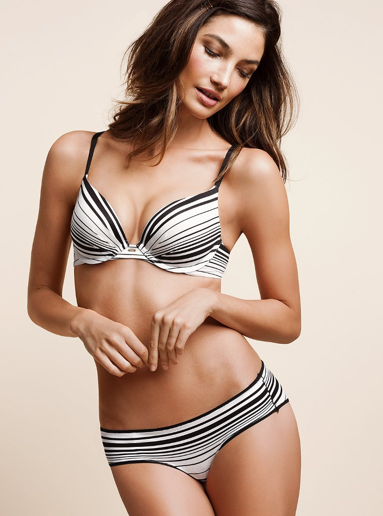 Lily-Aldridge-VS-lingerie-121