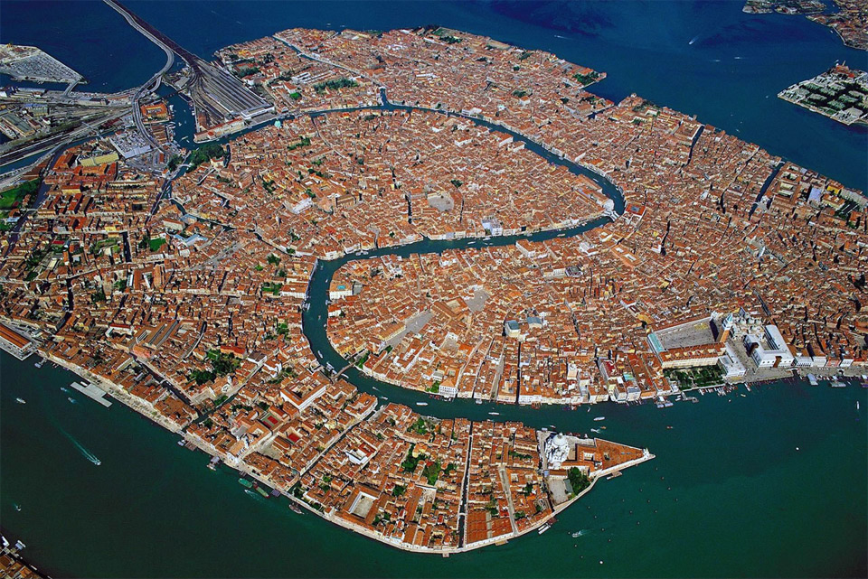 9venice-italy-from-above