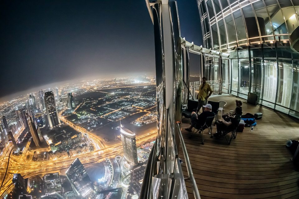 6a-view-from-burj-khalifa-at-night