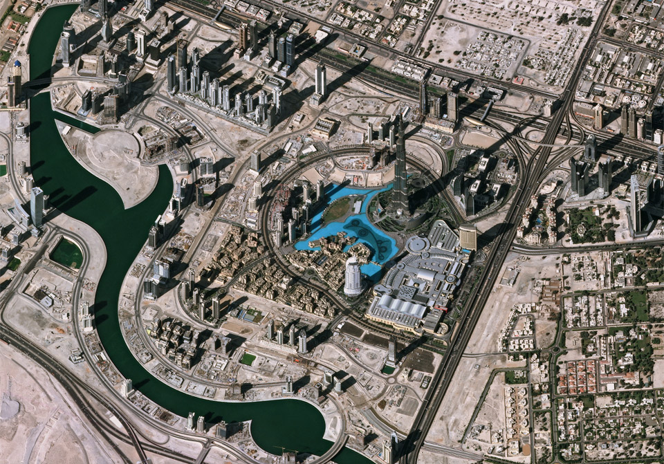 8dubai-as-seen-from-space