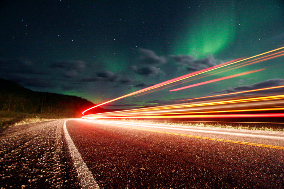 8northern-lights-over-roads-of-alaska