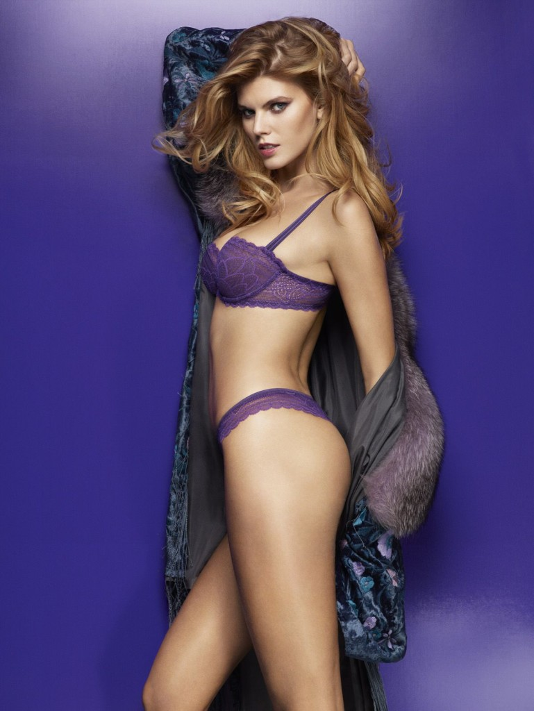 Maryna-Linchuk-Chantelle-lingerie-6-769x1024