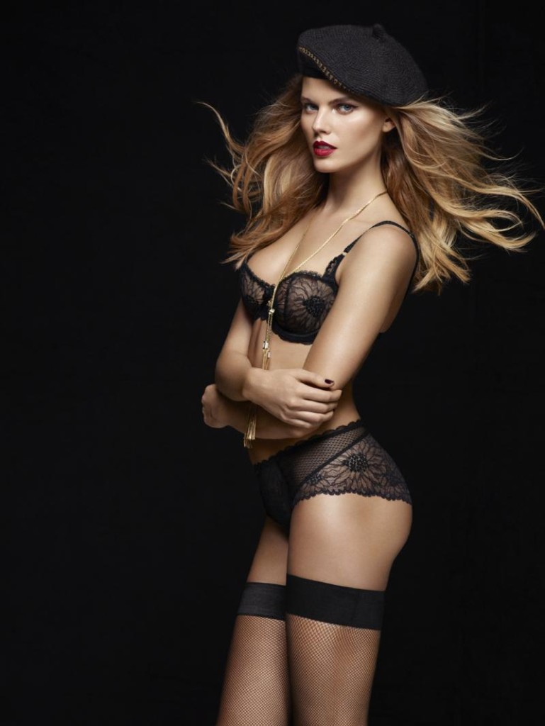 Maryna-Linchuk-Chantelle-lingerie-7-769x1024