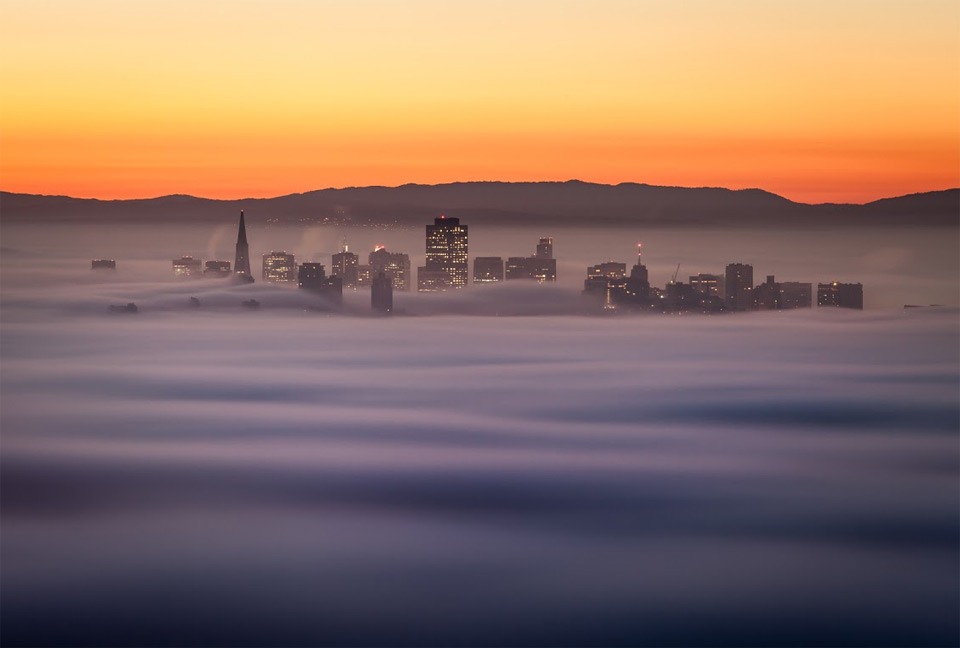 6san-francisco-downtown-in-fog