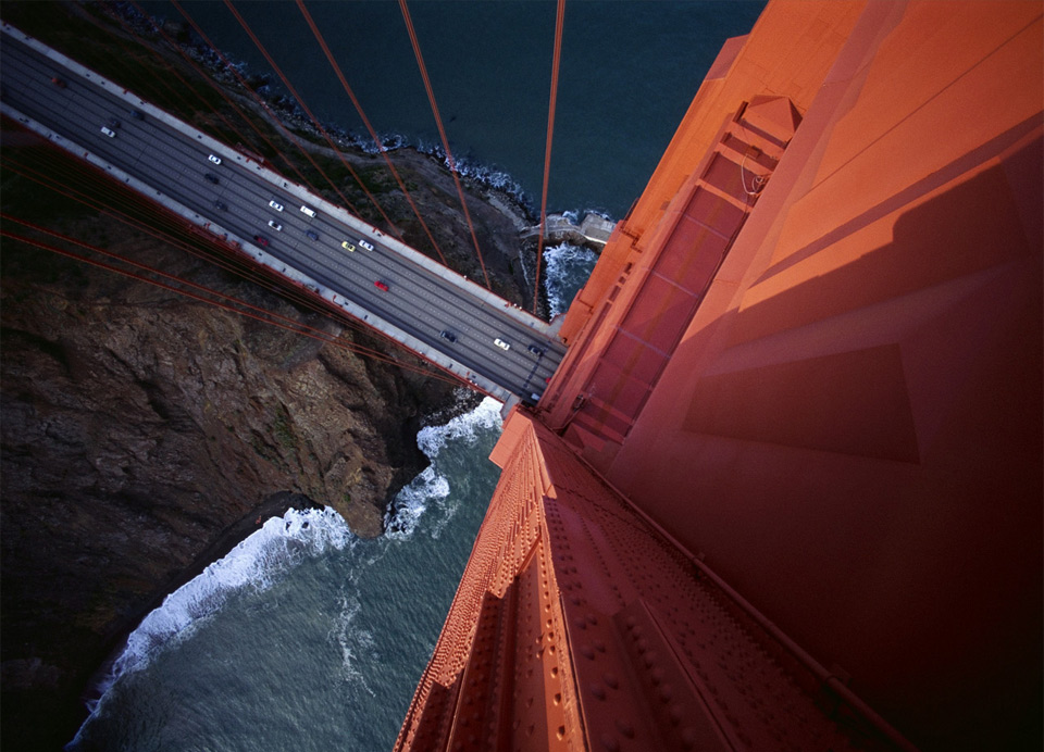 8looking-down-from-the-golden-gate-bridge