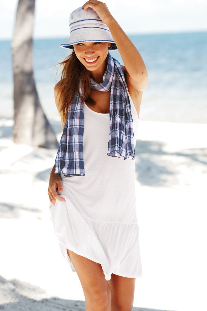 Luiza-Freyesleben-Next-swimwear-14-682x1024