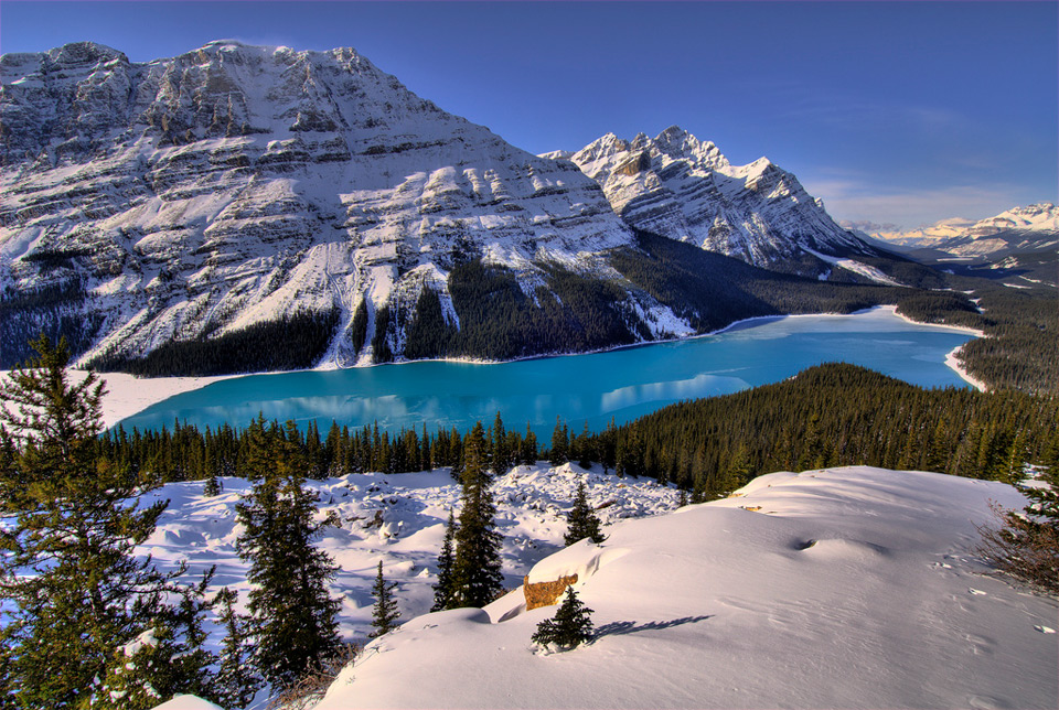 http://cameralabs.org/media/cameralabs/images/Tanya/_II_October/14.10/100peyto-lake-canada.jpg