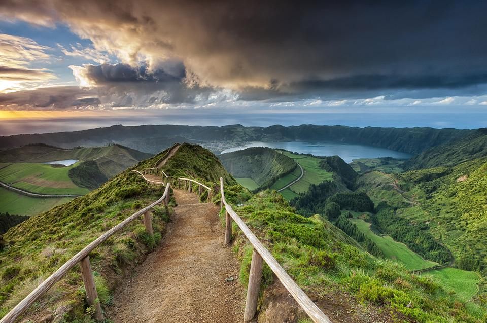 12road-to-paradise-são-miguel-island-portugal