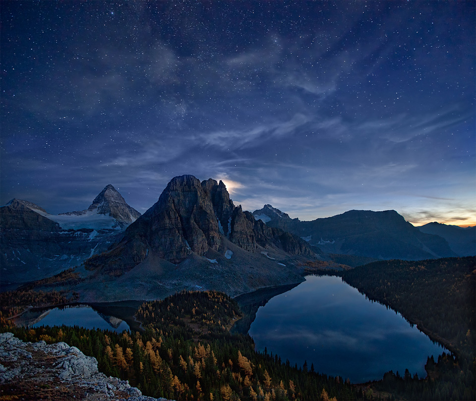 6starry-night-at-mount-assiniboine