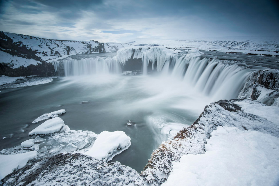 26godafoss-waterfall-of-the-gods-iceland