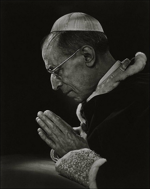 Pope Pius XII - Portraits by Yousuf Karsh