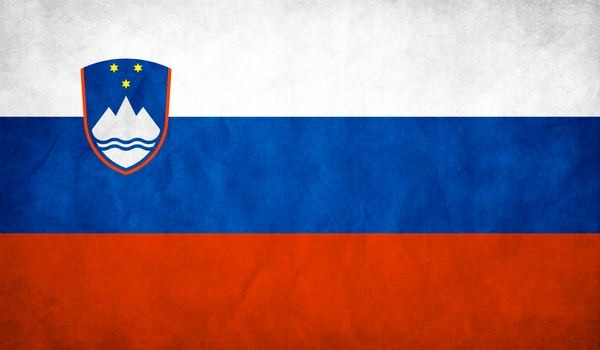 Slovenia_Flag_wallpaper