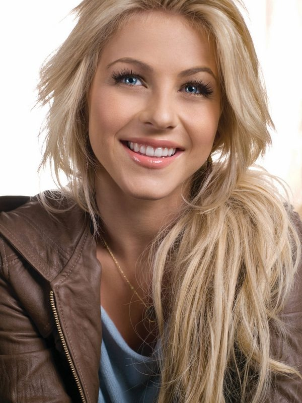 Hot Blonde And Brunette Celebrity Wallpapers