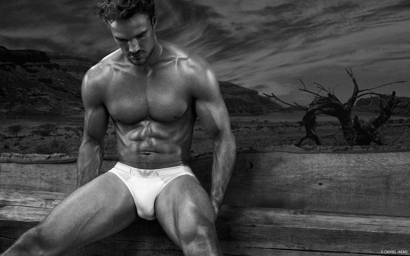ThomEvans_Daniel Jaems_01