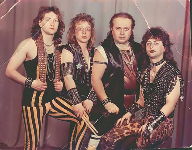 Несуразные фото металл-групп. Когда хотели эффектно, а получилось забавно