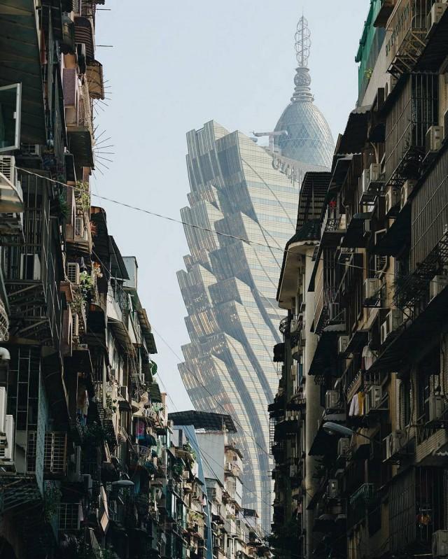 «Воспоминания о будущем»: фантастические фотографии Гонконга Нуну Асиша