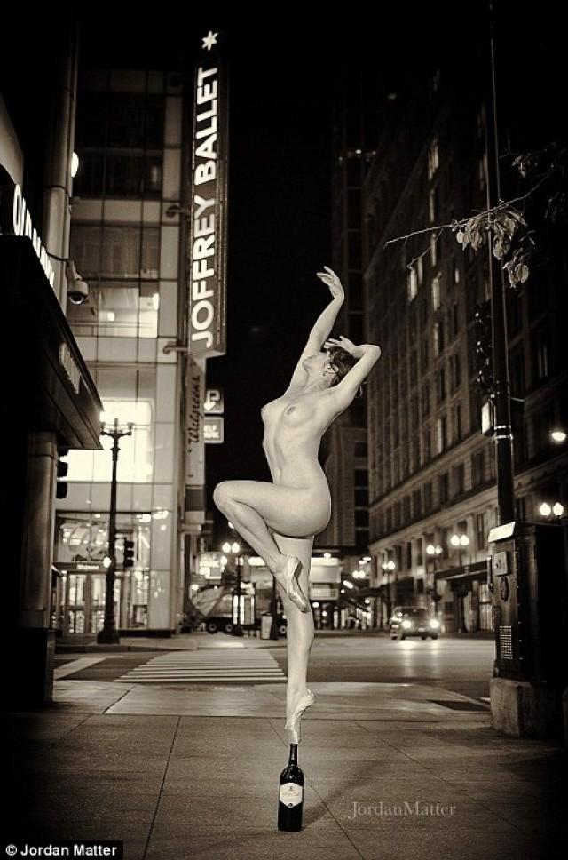 Без одежды и без сожалений: танцоры в потрясающих фотографиях Джордана Мэттера