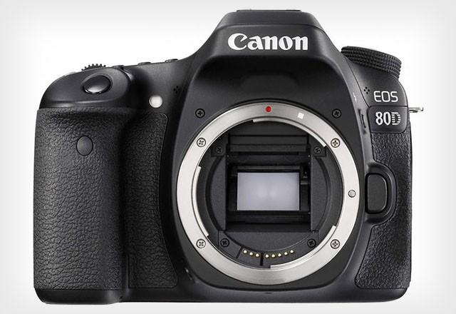 Новый зеркальный фотоаппарат Canon EOS 80D
