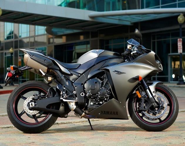 Мечта каждого мотоциклиста - Yamaha YZR-F1