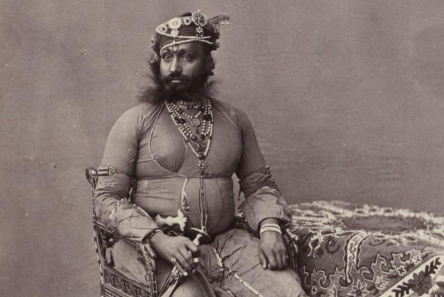 105 старинных фотографий людей и архитектуры Индии 19-го века