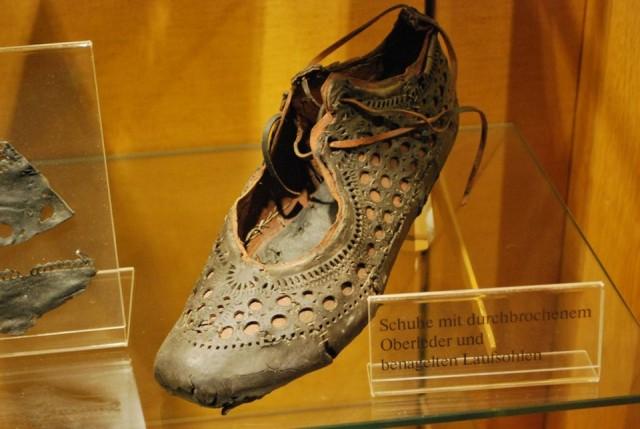 В Заальбурге нашли стильную 2000-летнюю римскую туфлю