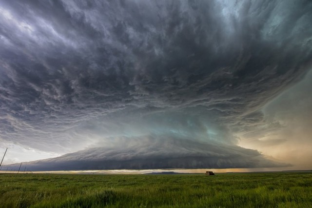 Начало шторма над Скалистыми горами Монтаны