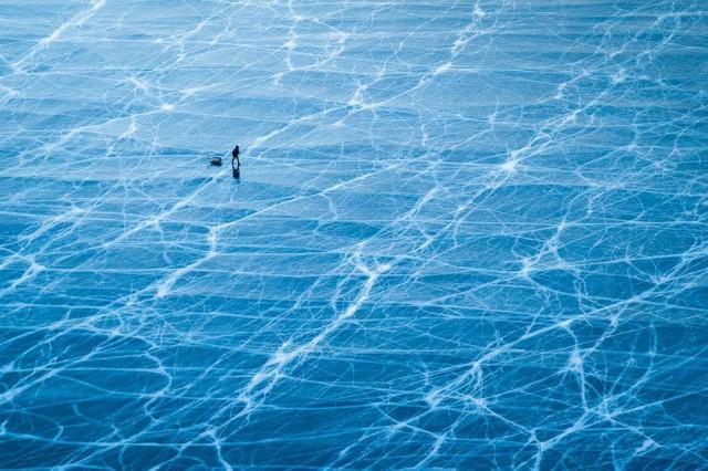 На замёрзшем Байкале