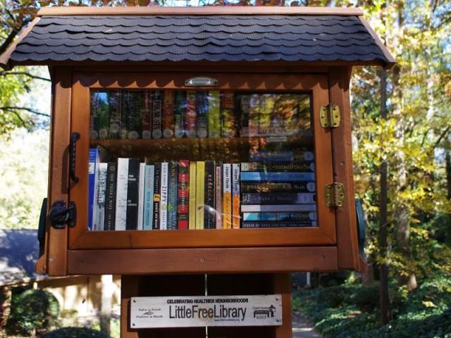Основатель проекта Little Free Libraries оставил после себя 75 000 мини-библиотек