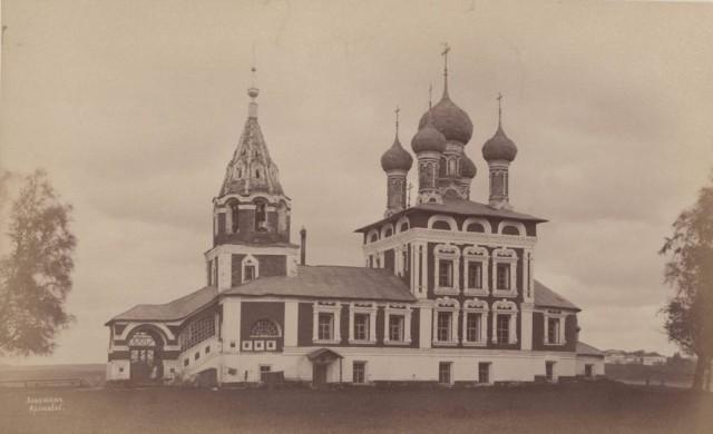 Храмы города Углича в старинных фотографиях 1880-х годов