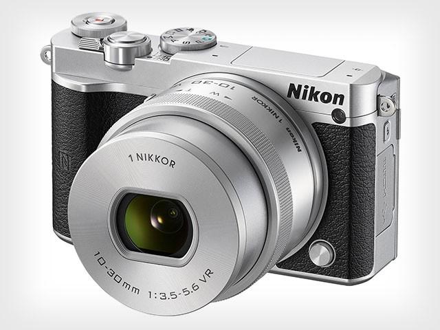 Беззеркальный фотоаппарат Nikon 1 J5 с поддержкой 4K-видео и серийной съёмкой до 60 к/с